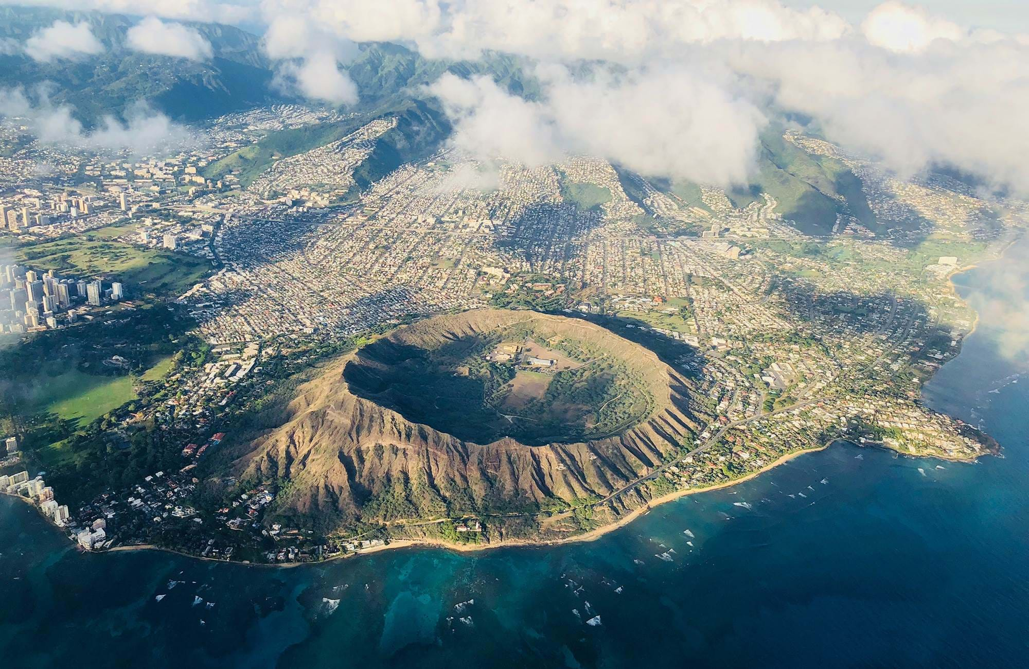 hawaii-diamond-head-crater-cover